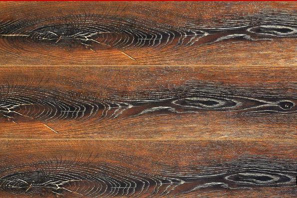 Đánh bóng sàn gỗ công nghiệp tại Bình Dương